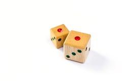 Drewniani kostka do gry kopię jeden punkt na białym tle odizolowywającym Obrazy Royalty Free