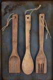 Drewniani naczynia Z dratwą Obrazy Stock