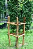 Drewniani ogrodzenia dla drzew Poparcie dla drewna fotografia royalty free