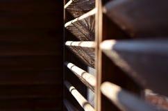 Drewniani rozdziały w świetle słonecznym obraz stock