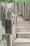 Drewniani schodki w naturze zdjęcia stock