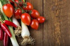 drewniani stołowi warzywa Zdjęcie Stock