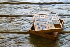 Drewniani sześciany z liczbami Zdjęcia Stock