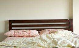 Drewniany łóżko Fotografia Royalty Free