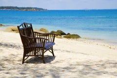 drewniany ławki plażowy morze Zdjęcia Stock