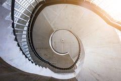 drewniany ślimakowaty schody Kółkowy schody Zdjęcia Royalty Free