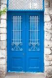 Drewniany błękitny drzwi Obrazy Royalty Free