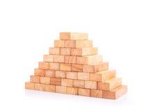 Drewniany bloku wierza gemowi dzieci odizolowywający na bielu Obraz Stock