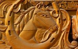 Drewniany cyzelowanie Końskiej głowy i projekta elementy Zdjęcia Royalty Free