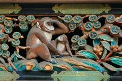 Drewniany cyzelowanie na storehouse przy Nikko, Toshogu świątynia w Japonia Zdjęcie Royalty Free