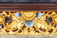 Drewniany cyzelowanie przy balijczyk Hinduską świątynią Pura Tirta Empul, Tampaksiring, Bali, Indonezja zdjęcie stock