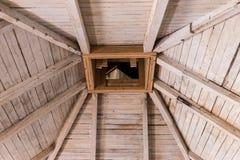 Drewniany dach, flisacy i komin, fotografia stock