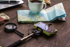 Drewniany Desktop aTraveler narządzanie dla wycieczki zdjęcia royalty free