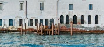 Drewniany dok i Tradycyjna architektura, Murano fotografia stock