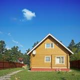 drewniany dom zdjęcia royalty free