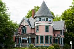 Drewniany dom Fredericton, Kanada - Zdjęcia Stock