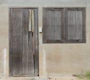 Drewniany drzwi i drewna okno Zdjęcia Stock