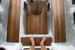 Drewniany działanie na sailign łodzi Obrazy Stock