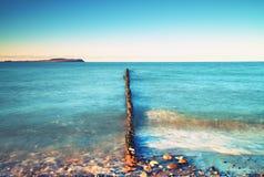 Drewniany falochron na morzu bałtyckim Zdjęcia Stock