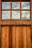 Drewniany garażu drzwi z okno zdjęcie royalty free