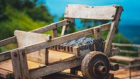 Drewniany Iść Karta tramwaju samochód zdjęcia stock