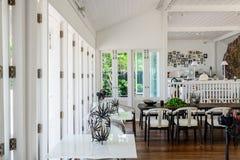 Drewniany jadalnia stół, krzesło i Obraz Royalty Free