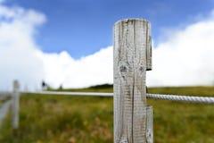 Drewniany kamień milowy Zdjęcia Stock