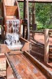 Drewniany koło na watermilll działaniu Zdjęcie Stock