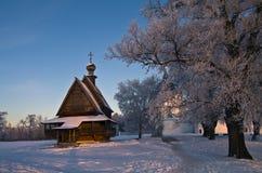 Drewniany kościół w wieczór słońcu zdjęcie royalty free