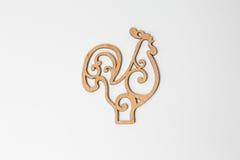 Drewniany kogut na białym tle, symbol 2017 Fotografia Royalty Free