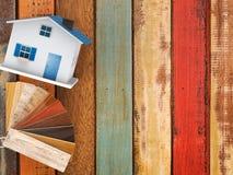 Drewniany koloru przewdonik dla domowej dekoraci Fotografia Royalty Free