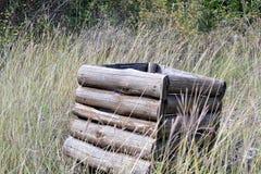 Drewniany kosz na śmieci Obrazy Stock