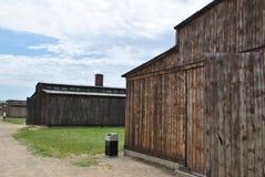 Drewniany koszaruje w Birkenau koncentracyjnym obozie Zdjęcie Stock