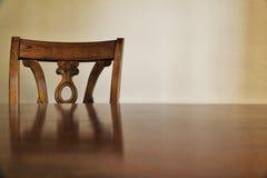 Drewniany krzesło i zdjęcia stock