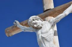 Drewniany krzyż, val gardena w dolomitach Zdjęcia Royalty Free