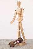 Drewniany mannequin i hourglass niestety czas Zdjęcia Royalty Free