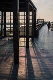 Drewniany molo nad diunami w Hel, PÃ ³ Å 'wysep Helski, morze bałtyckie Zdjęcia Royalty Free