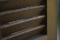 Drewniany nadokienny żaluzi zbliżenie obraz stock