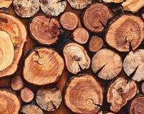 Drewniany naturalny piłujący beli zbliżenie dla tła, odgórny widok zdjęcia royalty free