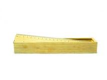 Drewniany ołówkowy pudełko i władca dla pracy i nauki Zdjęcie Stock