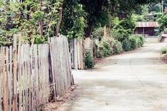 Drewniany ogrodzenie, domu ogrodzenie, rocznika tła tekstura Zdjęcia Stock