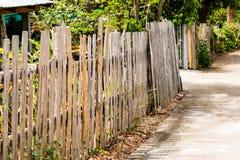 Drewniany ogrodzenie, domu ogrodzenie, tło tekstura Obraz Royalty Free