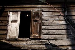 Drewniany okno i drewniany dom Obraz Stock