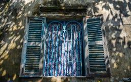 Drewniany okno wiejski dom w Wietnam fotografia stock