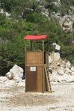 Drewniany plażowy baywatch w plaży Spain fotografia stock