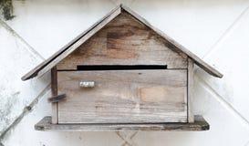 Drewniany poczta pudełko Fotografia Royalty Free