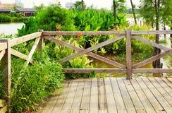Drewniany pokład rzeką Obraz Royalty Free