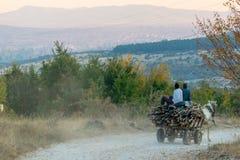 Drewniany przemysł w Europe wioskach, Balkans obrazy stock