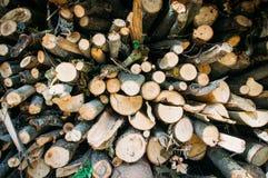 Drewniany przygotowywający dla stawiać w ogieniu zdjęcie royalty free