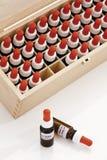 Drewniany pudełko z Bach kwiatu remediami Obraz Royalty Free